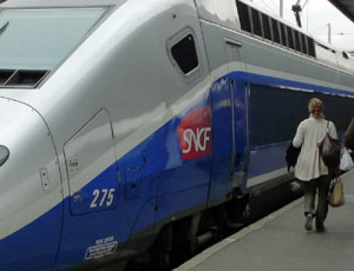Paris hit with biggest transport strike in decades over pensions